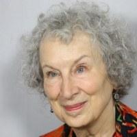 """Margaret Atwood ile söyleşi: """"Sevmediğim şeyleri yapmak için fazla yaşlıyım"""""""