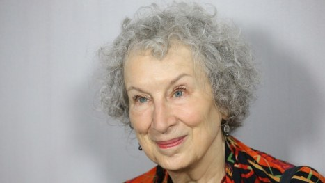 margaret-atwood-the-testaments-handmaids-tale