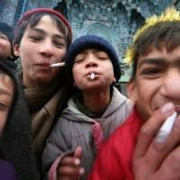 Cigara İçenlere Hiçbir Şey Sormayınız