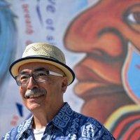 """Juan Felipe Herrera: """"Şiir hem bir eylem çağrısıdır hem de eylemin ta kendisi"""""""