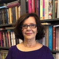 Erdal Öz Edebiyat Ödülü'nün sahibi Jale Parla