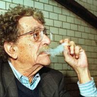 Kurt Vonnegut'a Göre Yaratıcı Yazmanın 8 Esası